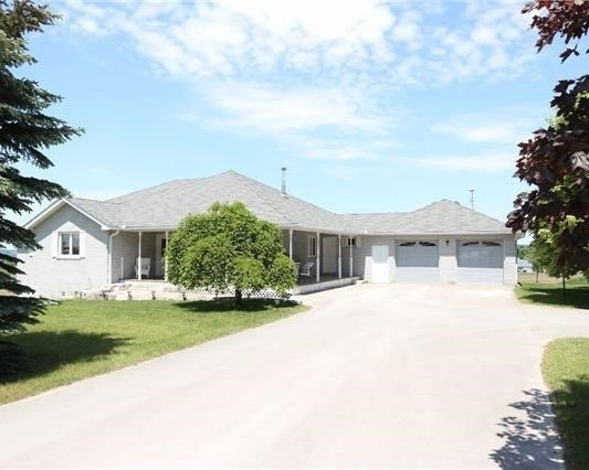 Detached at 2338 Gilford Rd W, Innisfil, Ontario. Image 15