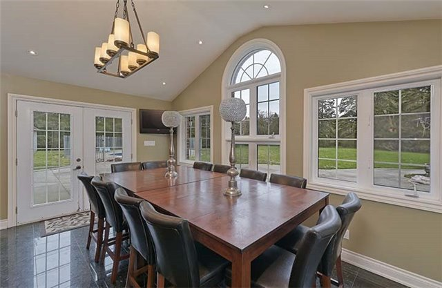 Detached at 66 Beaufort Hills Rd, Richmond Hill, Ontario. Image 20
