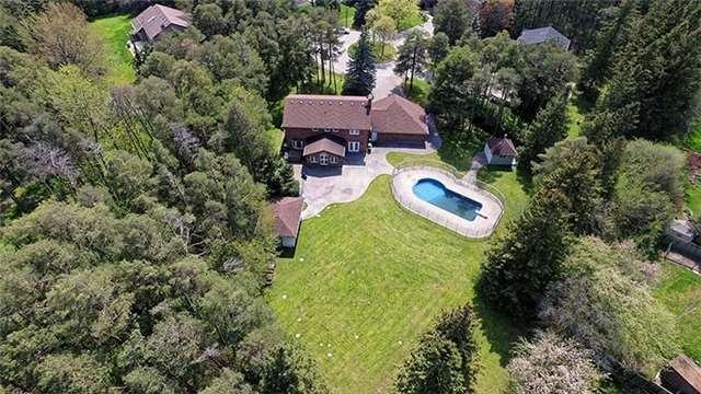 Detached at 66 Beaufort Hills Rd, Richmond Hill, Ontario. Image 11