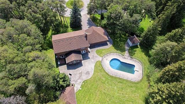 Detached at 66 Beaufort Hills Rd, Richmond Hill, Ontario. Image 13