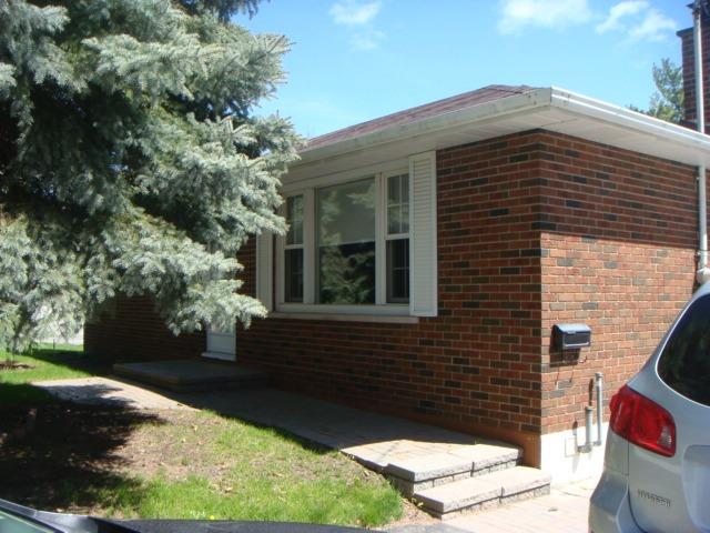 Detached at 81 Franklin St, Newmarket, Ontario. Image 11
