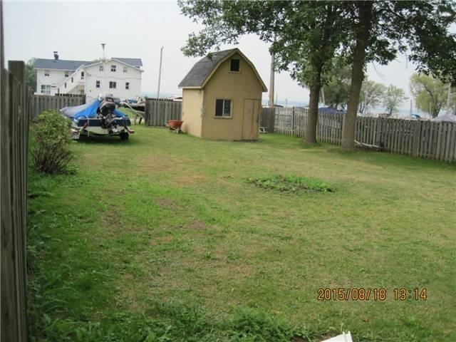 Detached at 530 Lake Dr S, Georgina, Ontario. Image 9
