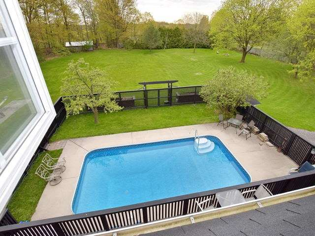 Detached at 13681 Ninth Line, Whitchurch-Stouffville, Ontario. Image 5
