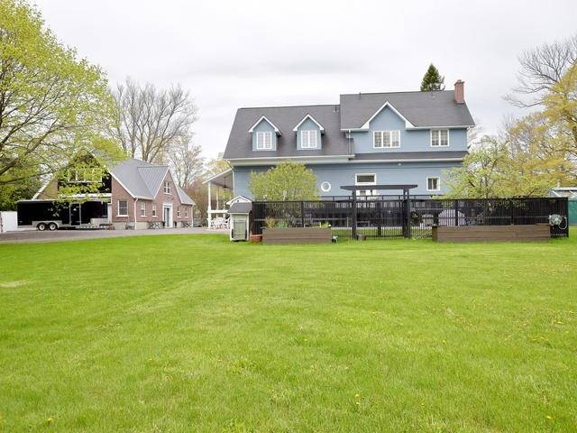 Detached at 13681 Ninth Line, Whitchurch-Stouffville, Ontario. Image 6