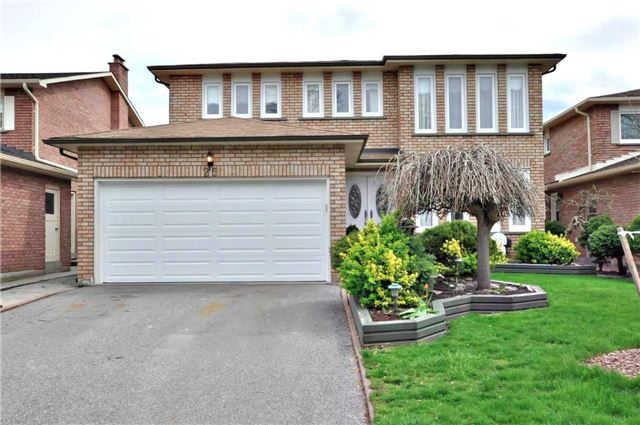 Detached at 25 Foundry Cres, Markham, Ontario. Image 1