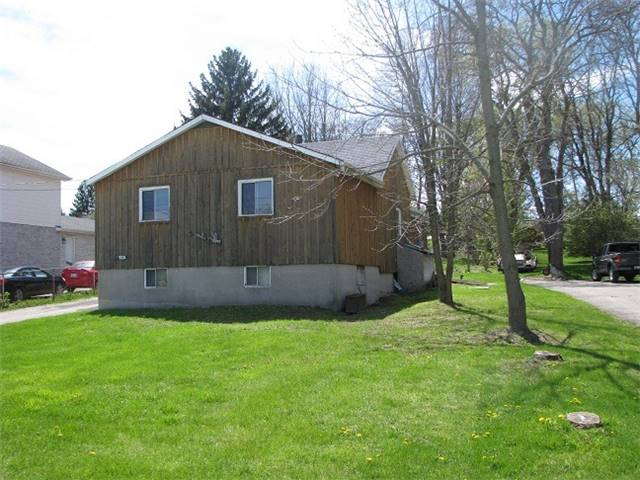 Detached at 19336 Holland Landing Rd, East Gwillimbury, Ontario. Image 12