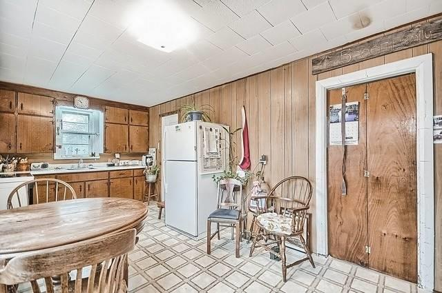 Detached at 19336 Holland Landing Rd, East Gwillimbury, Ontario. Image 19