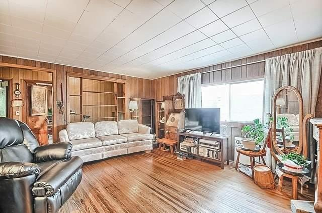 Detached at 19336 Holland Landing Rd, East Gwillimbury, Ontario. Image 3