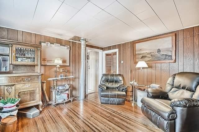 Detached at 19336 Holland Landing Rd, East Gwillimbury, Ontario. Image 4