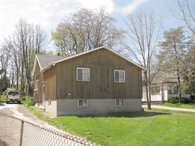 Detached at 19336 Holland Landing Rd, East Gwillimbury, Ontario. Image 10