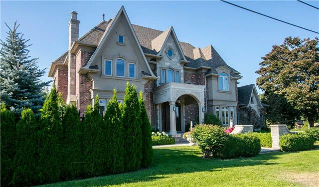 Detached at 68 Maple Grove Ave, Richmond Hill, Ontario. Image 1