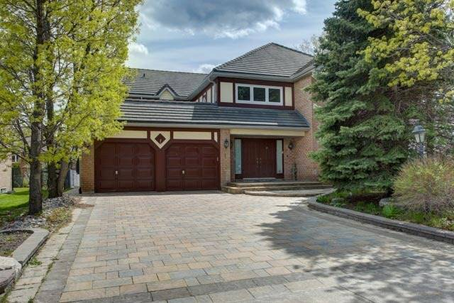 Detached at 1 Ardwold Gate, Richmond Hill, Ontario. Image 1