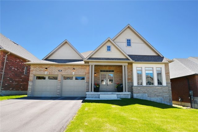 Detached at 35 Philson Crt, Innisfil, Ontario. Image 1