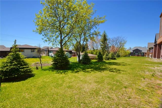 Detached at 35 Philson Crt, Innisfil, Ontario. Image 5