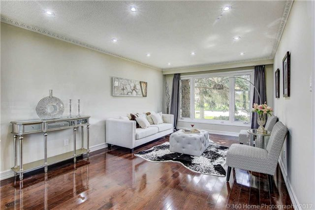 Detached at 84 Liebeck Cres, Markham, Ontario. Image 12