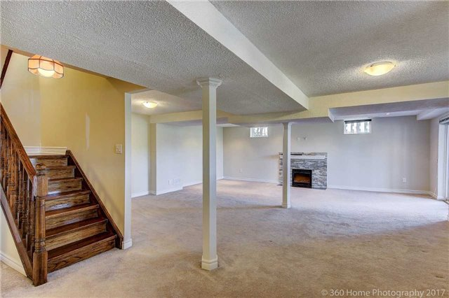 Detached at 84 Liebeck Cres, Markham, Ontario. Image 7