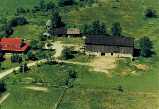 Farm at 5768 8th Line S, Essa, Ontario. Image 12