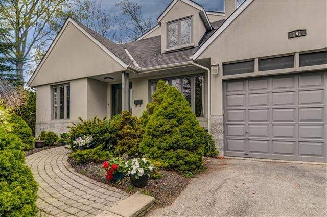 Detached at 191 Mill St, Richmond Hill, Ontario. Image 12
