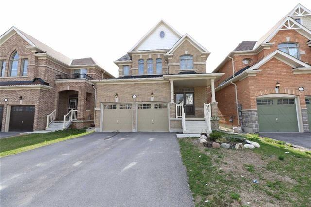 Detached at 2181 Dawson Cres, Innisfil, Ontario. Image 1