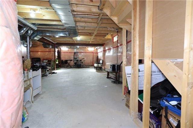 Detached at 2181 Dawson Cres, Innisfil, Ontario. Image 13