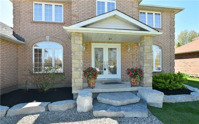 Detached at 371 Nelson St E, New Tecumseth, Ontario. Image 12