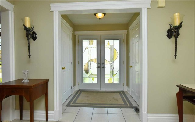 Detached at 371 Nelson St E, New Tecumseth, Ontario. Image 16