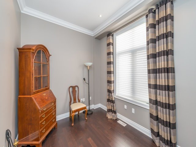 Detached at 94 Woodvalley Cres, Vaughan, Ontario. Image 14