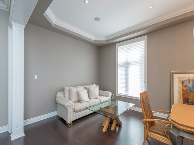 Detached at 94 Woodvalley Cres, Vaughan, Ontario. Image 15