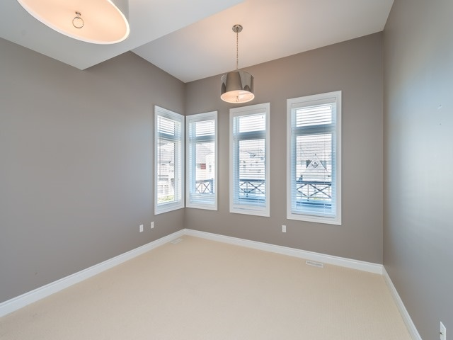 Detached at 94 Woodvalley Cres, Vaughan, Ontario. Image 6