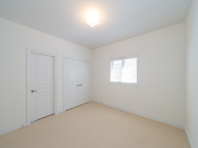 Detached at 94 Woodvalley Cres, Vaughan, Ontario. Image 10