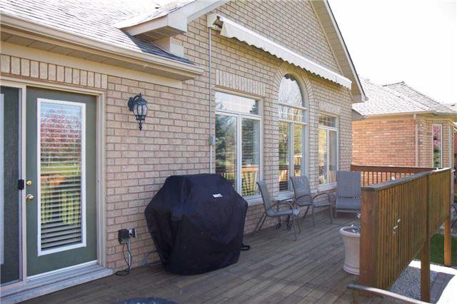 Condo Detached at 4 Via Amici, New Tecumseth, Ontario. Image 9