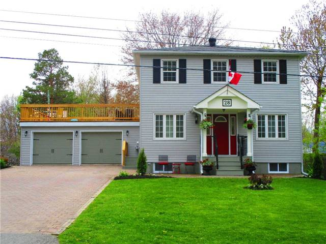 Detached at 28 Lambrook Dr, Georgina, Ontario. Image 1