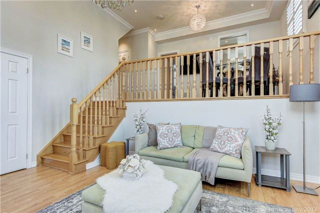 Condo Townhouse at 26 Comely Way, Markham, Ontario. Image 12
