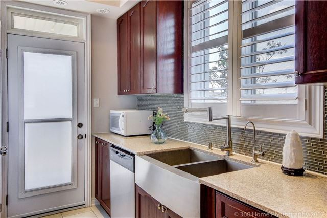 Condo Townhouse at 26 Comely Way, Markham, Ontario. Image 20