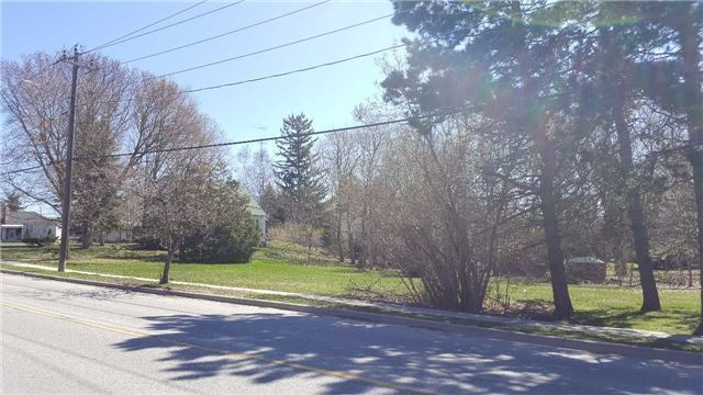 Vacant Land at 66B Roxborough Rd, Newmarket, Ontario. Image 3
