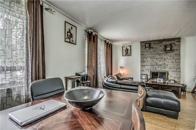 Detached at 399 Lynett Cres, Richmond Hill, Ontario. Image 17