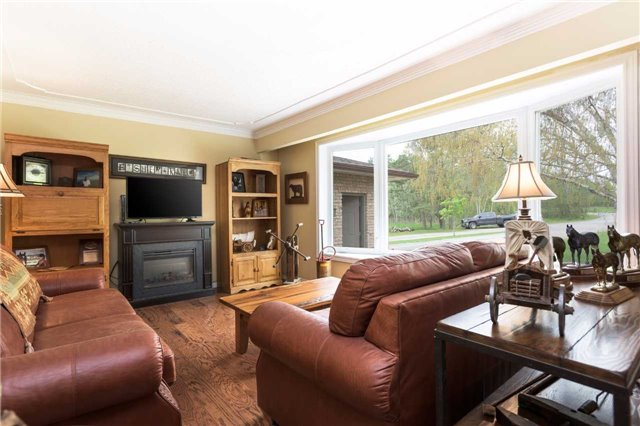Detached at 20759 Warden Ave, East Gwillimbury, Ontario. Image 14