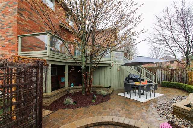 Detached at 199 Surgeoner Cres, Newmarket, Ontario. Image 11