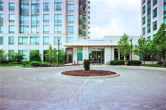 Condo Apartment at 100 Promenade Circ, Unit 303, Vaughan, Ontario. Image 12