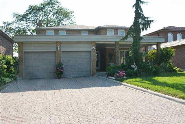 Detached at 58 Bruce St, Vaughan, Ontario. Image 1