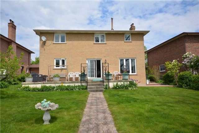 Detached at 58 Bruce St, Vaughan, Ontario. Image 11