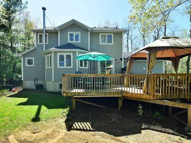 Detached at 9 Cindy Lane, Adjala-Tosorontio, Ontario. Image 8