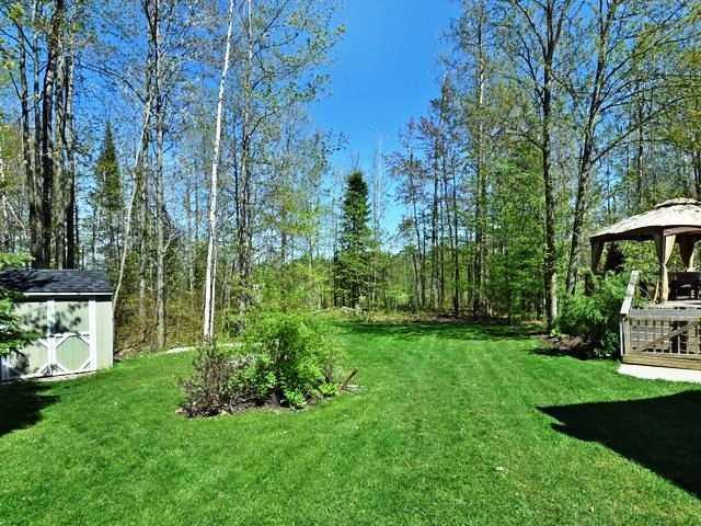 Detached at 9 Cindy Lane, Adjala-Tosorontio, Ontario. Image 9