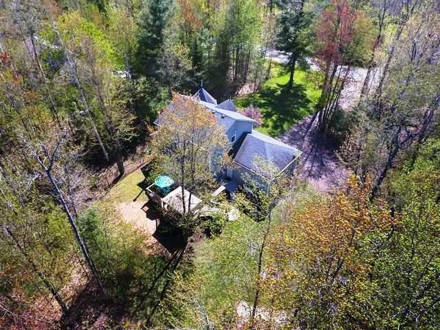 Detached at 9 Cindy Lane, Adjala-Tosorontio, Ontario. Image 11