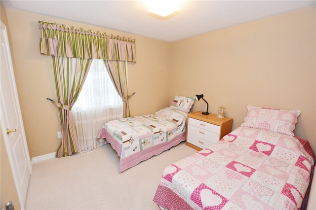 Townhouse at 6973 14th Ave, Markham, Ontario. Image 3