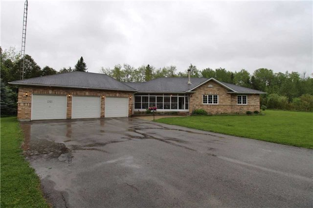 Detached at 2630 5th Line, Innisfil, Ontario. Image 1