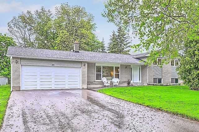Detached at 48 Birchlea Dr, Innisfil, Ontario. Image 1