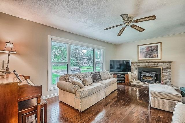 Detached at 48 Birchlea Dr, Innisfil, Ontario. Image 15