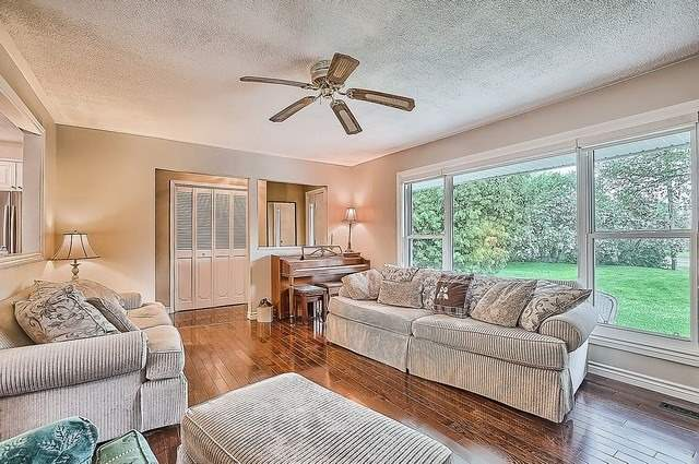 Detached at 48 Birchlea Dr, Innisfil, Ontario. Image 16