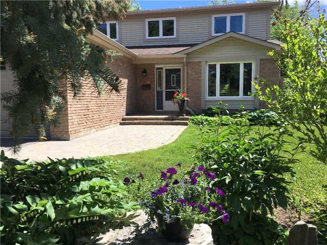 Detached at 29 Law Cres, Richmond Hill, Ontario. Image 12